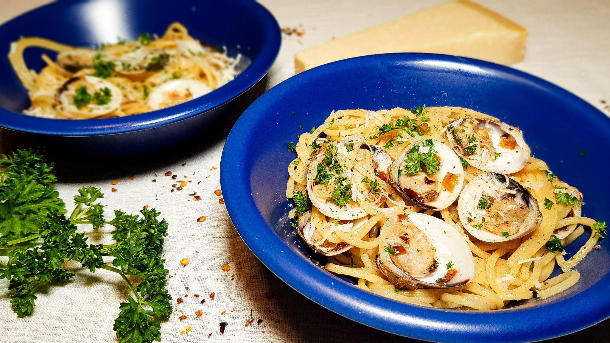 Spaghetti vongole aglio olio