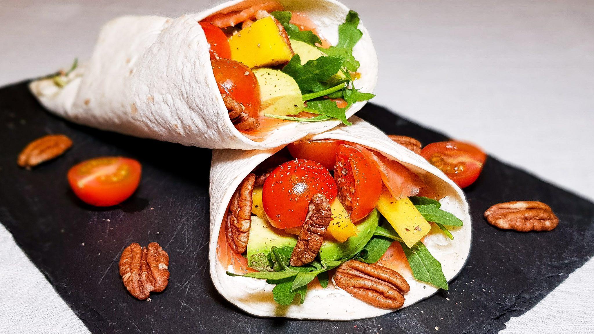 Wraps met zalm en mango