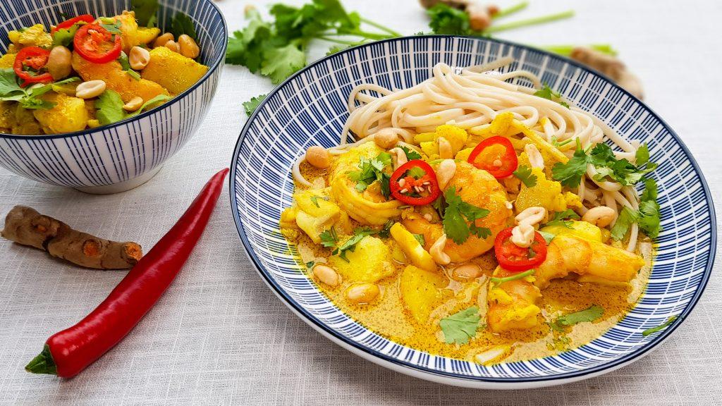 Thaise viscurry met garnalen en kurkuma