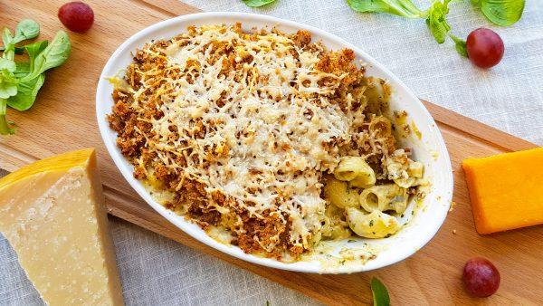 Blauwe kaas macaroni uit de oven