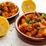 Spaanse kippendijen met knoflook en wijn