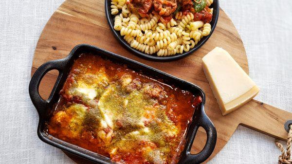 Italiaanse gehaktballetjes met mozzarella en pesto