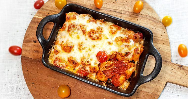 Macaronischotel met chorizo en manchego