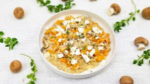Pompoen risotto met feta en kastanjechampignons