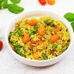 Orzo caprese salade met groene pesto en pijnboompitjes