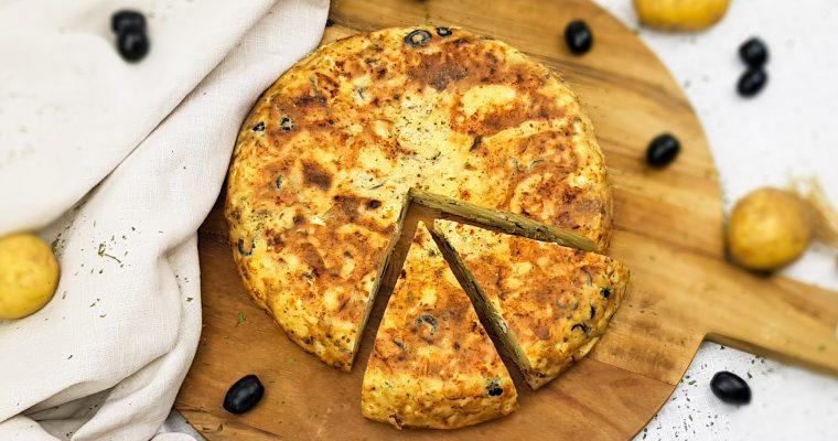 Tortilla met tonijn, olijven en feta