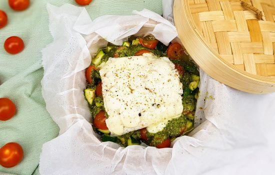Gestoomde kabeljauw met groenten en pesto
