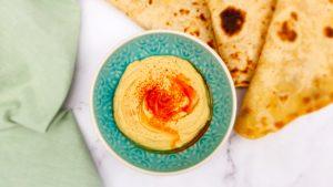 Hummus maken met dit heerlijke simpele hummus recept