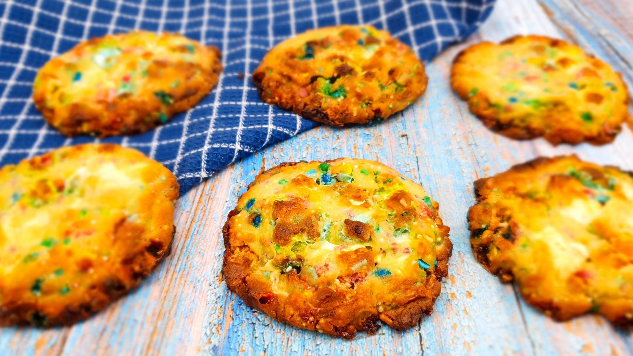 Birthday cookies met witte chocolade en heel veel sprinkles