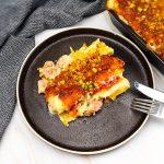 Cannelloni met een vulling van gehakt, mortadella en pistachenootjes