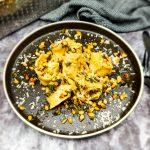 Tortellini met salie botersaus en pijnboompitjes