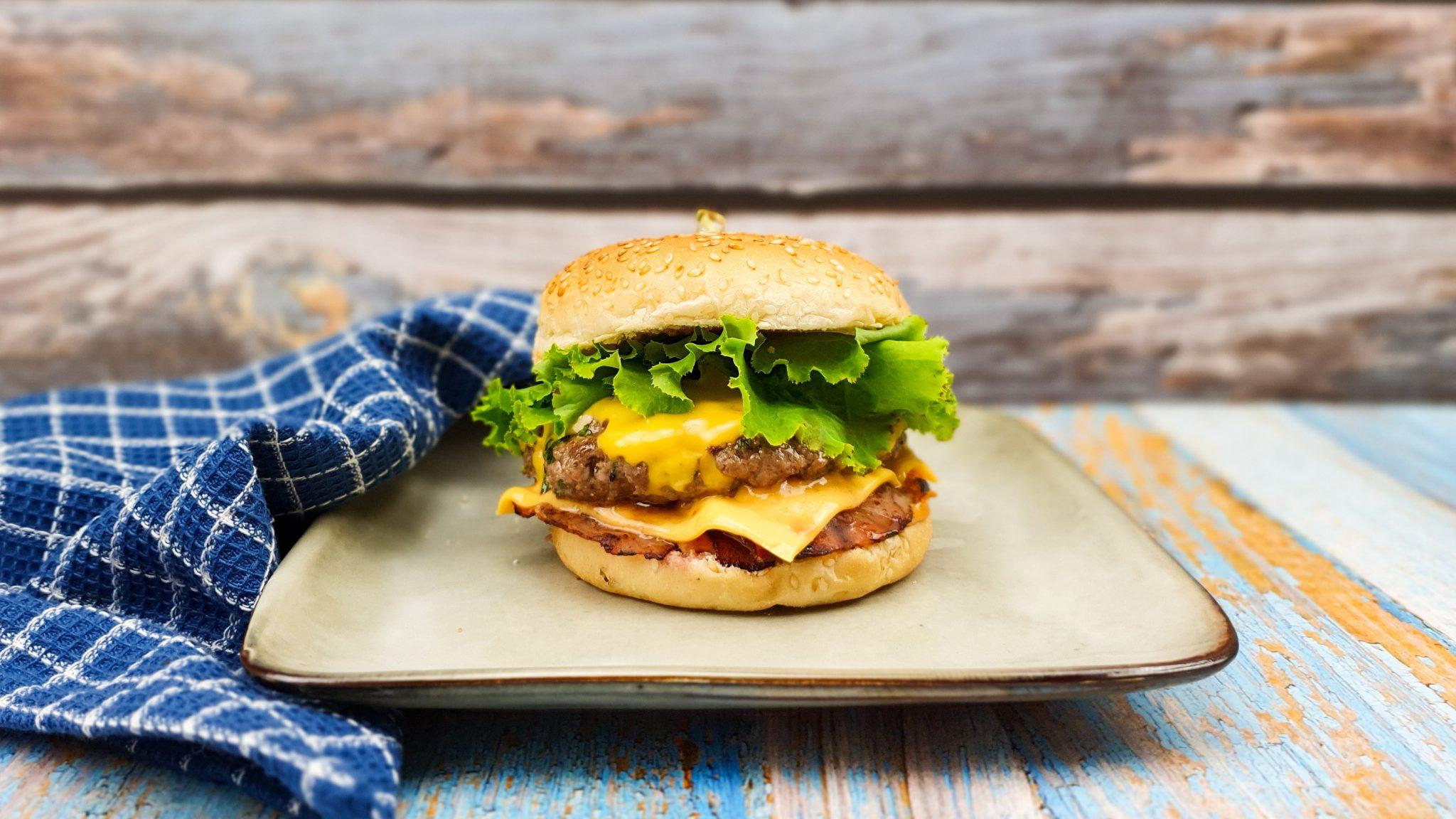 Big Tasty met bacon, maar dan zelfgemaakt!