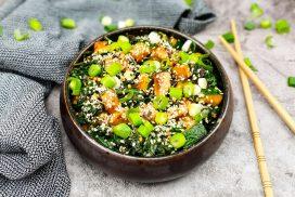 Koreaanse spinazie salade met courgette (Sigeumchi Namul)