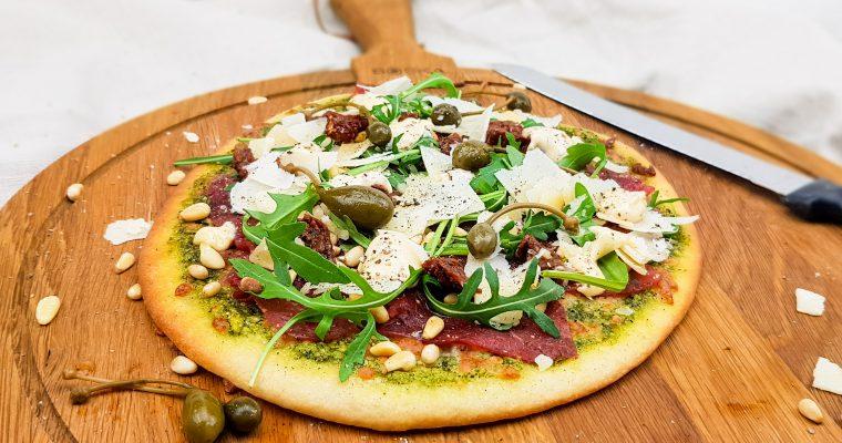 Carpaccio pizza met truffelmayonaise