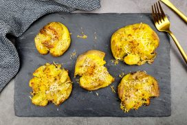 Smashed potatoes met Parmezaanse kaas