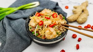 Chinese gebakken rijst met lap cheong (Chinese fried rice)