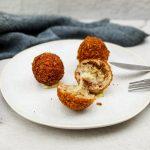Arancini met truffelsalami en mozzarella