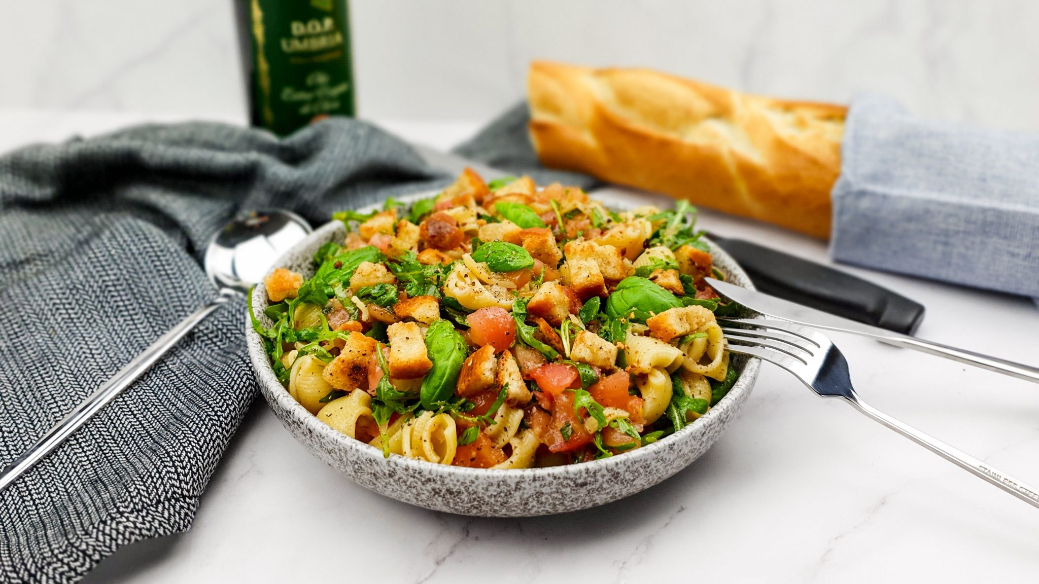 Bruschetta pastasalade